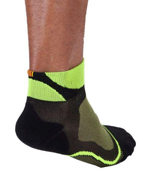 mitjo-running-groc-fluor-lateral-darrerajpg